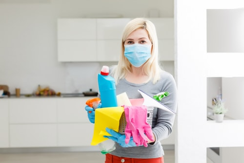 How long should disinfectant stay in before cleaning?