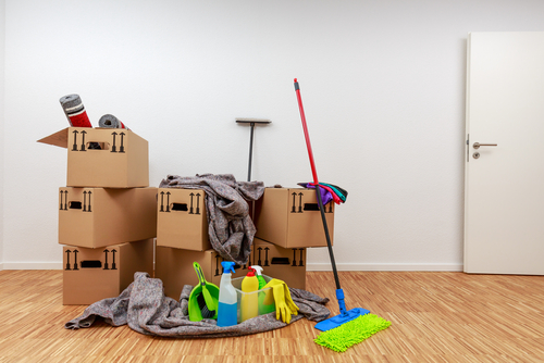 What happens if you don't clean your apartment when moving out