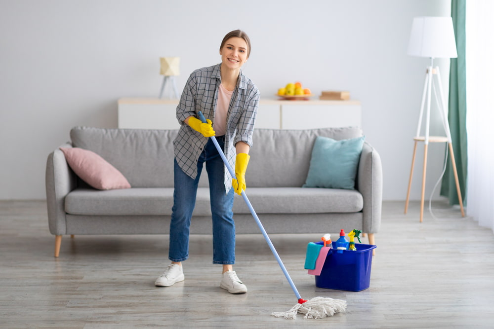 What cleaning products and supplies do Airbnb hosts need